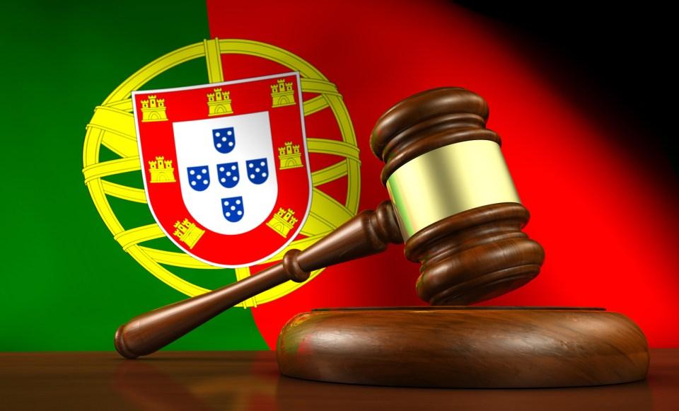 azores portugal law