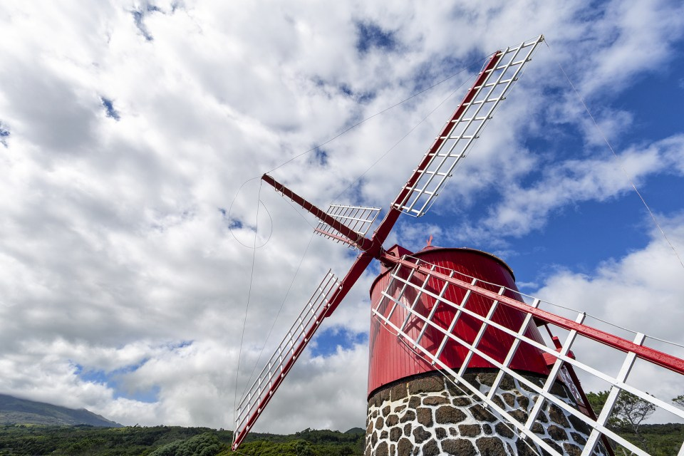 windmills pico azores