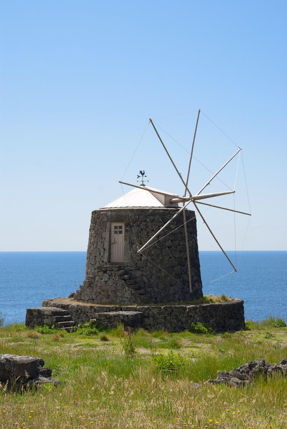corvo azores windmill