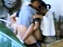 【個人撮影盗撮動画】利用頻度が少ない学校の教室内で性行為をするかわいい女子校生を隠し撮りww