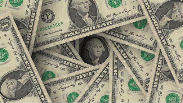 たくさんの米ドル札