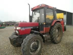 tracteur Case IH 795