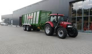 tracteur Case IH CVX 120
