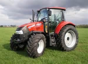 tracteur Case IH FARMALL 105U
