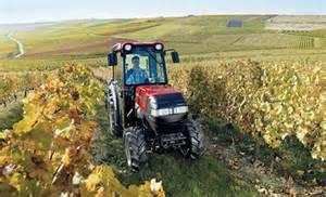 tracteur Case IH FARMALL 105V