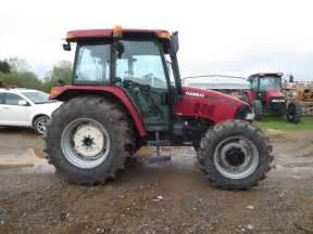 tracteur Case IH FARMALL 85U