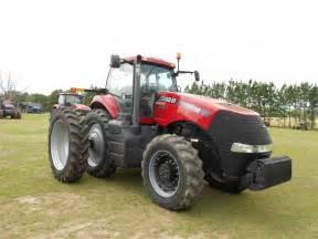 tracteur Case IH MAGNUM 260