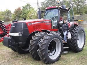 tracteur Case IH MAGNUM 275