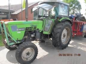 tracteur Deutz-Fahr 6807