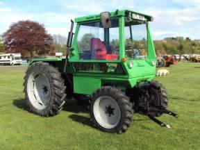 tracteur Deutz-Fahr INTRAC 2003