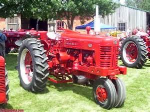 tracteur Farmall 400