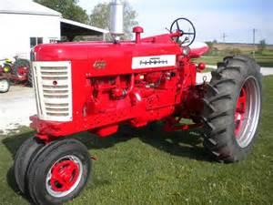 tracteur Farmall 450