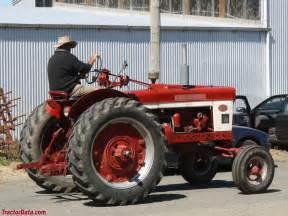 tracteur Farmall A-514