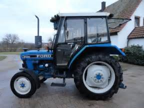 tracteur Ford 3430