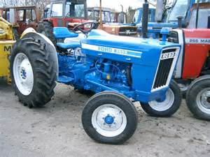 tracteur Ford 3600