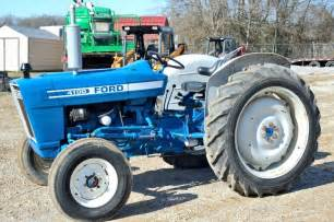 tracteur Ford 4100