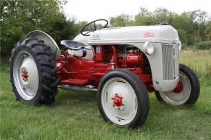 tracteur Ford 8N