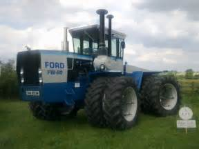 tracteur Ford FW-60