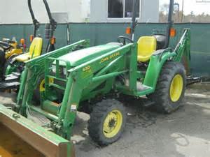 tracteur John Deere 4300