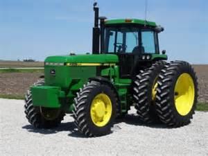 tracteur John Deere 4955