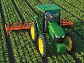 tracteur John Deere 5100MH