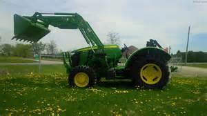 tracteur John Deere 5115ML