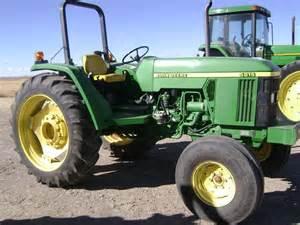 tracteur John Deere 5615