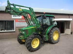 tracteur John Deere 5720