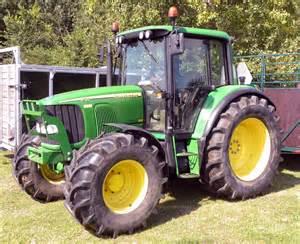 tracteur John Deere 6120
