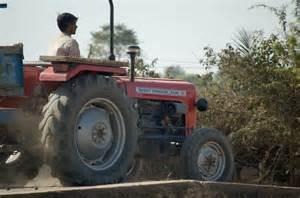 tracteur Massey Ferguson 1035