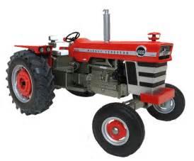 tracteur Massey Ferguson 1100