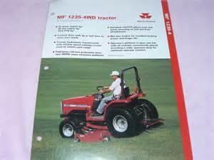 tracteur Massey Ferguson 1235