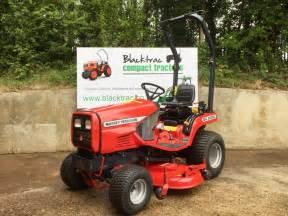 tracteur Massey Ferguson 1445