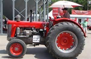 tracteur Massey Ferguson 241