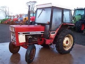 tracteur Massey Ferguson 384