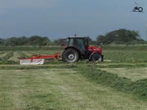 tracteur Massey Ferguson 4335
