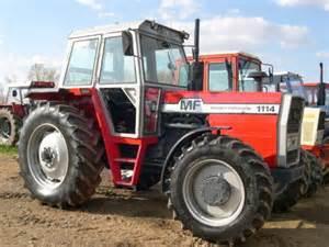 tracteur Massey Ferguson 6120