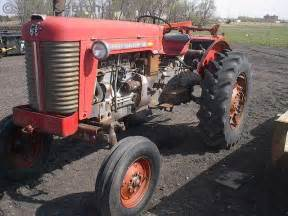 tracteur Massey Ferguson 85