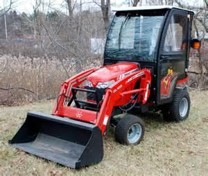 tracteur Massey Ferguson GC2600