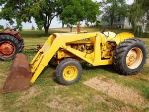 tracteur Case 1010