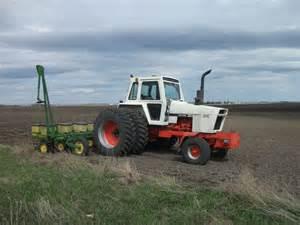 tracteur Case 1270