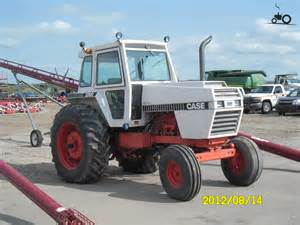 tracteur Case 2390