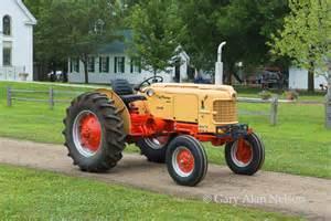 tracteur Case 300-B