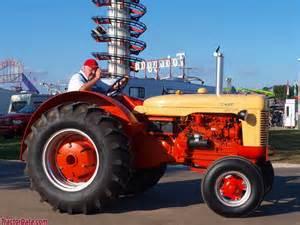 tracteur Case 700-B