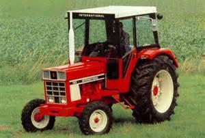 tracteur IH 100