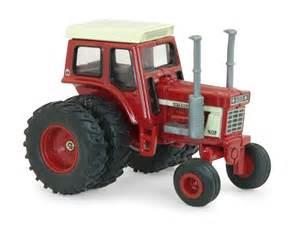 tracteur IH 1568