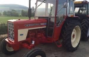 tracteur IH 475