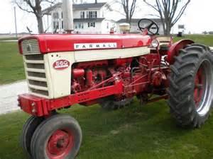 tracteur IH 560