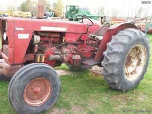 tracteur IH 624