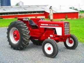 tracteur IH 664